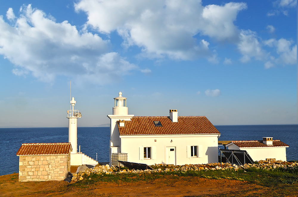 1. lighthouse view