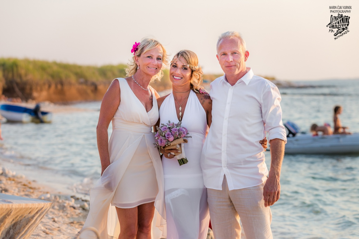 WeddingLevan_12-8-2015_MarinCuKVurnekPhoto_2048px (319 of 376)