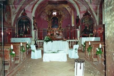Kirche dekoriert