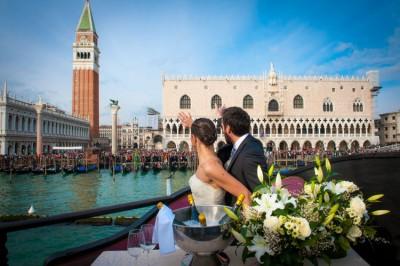 Hochzeit am Schiff